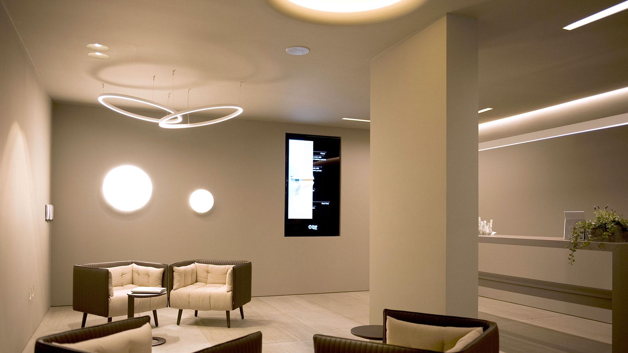 Luce e tecnologia per la casa efficiente linea light group - Tecnologia per la casa ...
