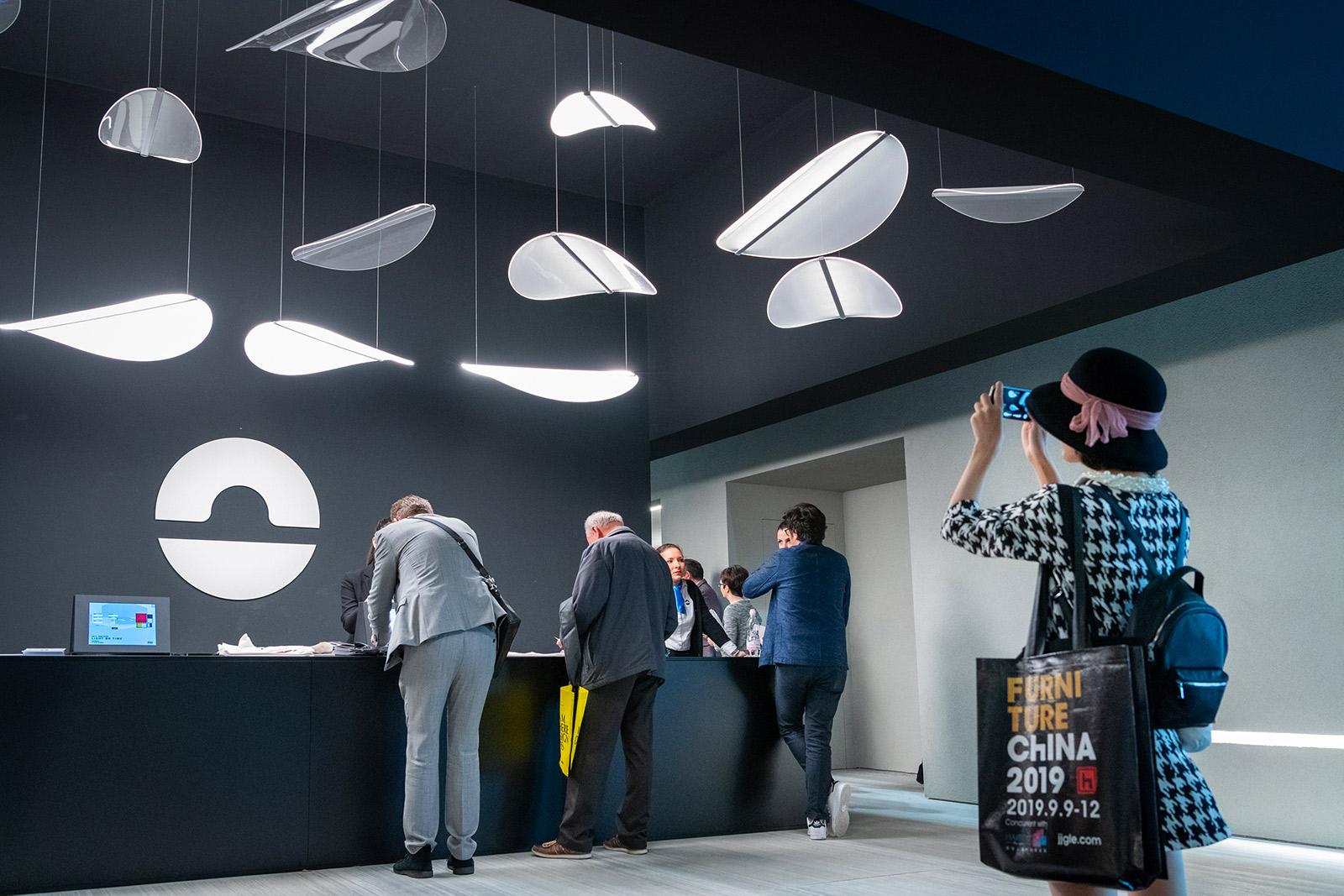 Plafoniera Ufficio Design : Linea light group: illuminazione led professionale e di design